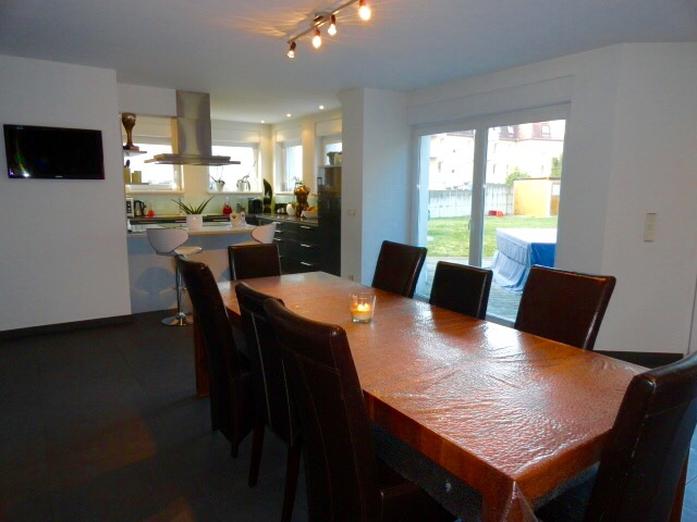 Haguenau, superbe maison à toit plat de 191m2 sur 7,09ares.